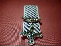 MINIATURE COURT MOUNTED DISTINGUISHED FLYING CROSS DFC MEDAL