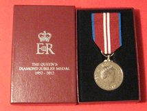 FULL SIZE ORIGINAL QUEENS DIAMOND JUBILEE MEDAL BOXED IN MINT CONDITION
