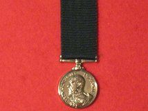 MINIATURE VOLUNTEER LONG SERVICE MEDAL EDWARD VII MEDAL CONTEMPORARY FIXED HEAD