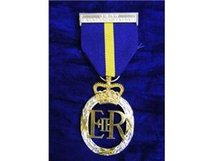 FULL SIZE ARMY EMERGENCY RESERVE DECORATION MEDAL EIIR REPLACEMENT MEDAL