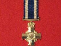 MINIATURE CANADA MERITORIOUS SERVICE CROSS MEDAL
