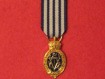MINIATURE ALBERT MEDAL GOLD SEA 1ST CLASS 1866 1949 MEDAL MODERN VERSION MEDAL