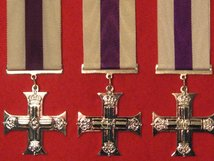 FULL SIZE MILITARY CROSS MC MEDAL SET OF 3 GV GVI AND EIIR MUSEUM COPY MEDALS WITH RIBBONS