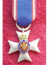FULL SIZE ROYAL VICTORIAN ORDER RVO MVO STERLING SILVER DECORATION MEDAL