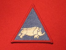 BRITISH ARMY 1 UK ARMOURED DIVISION FORMATION BADGE RHINO BLUE