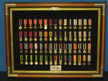 MINIATURE MEDAL SET 2 BRITISH ORDERS DECORATIONS GALLANTRY CORONATION JUBILEE LONG SERVICE GOOD CONDUCT MEDALS 60 MEDALS AND FRAME