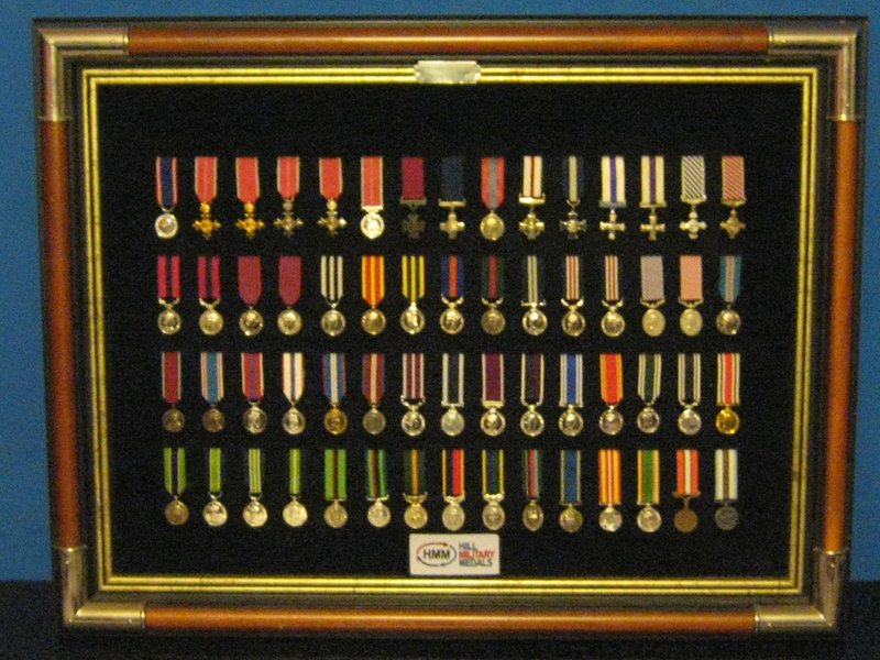 MINIATURE MEDAL SET 2 BRITISH ORDERS DECORATIONS GALLANTRY ...
