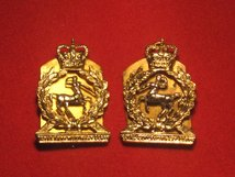 ROYAL ARMY VETERINARY CORPS RAVC MILITARY COLLAR BADGES