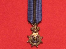 MINIATURE BELGIUM KNIGHTS CROSS ORDER OF THE LEOPOLD II GOLD MEDAL