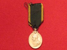 MINIATURE TERRITORIAL EFFICIENCY MEDAL GV MEDAL CONTEMPORARY F GF