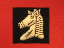 BRITISH ARMY 20TH ARMOURED BRIGADE FORMATION BADGE WW2 ARMOURED CLADDED CHARGER LEFT FACING EMBROIDERED
