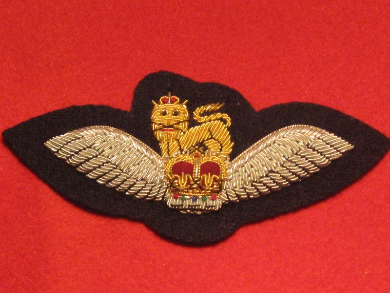 NUMBER 1 DRESS ARMY AIR CORPS OFFICERS PILOTS WINGS BADGE SILVER